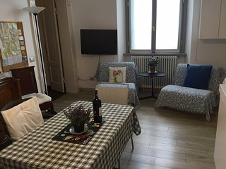 Como downtown: Casa di zia Luisa a confortable apartment