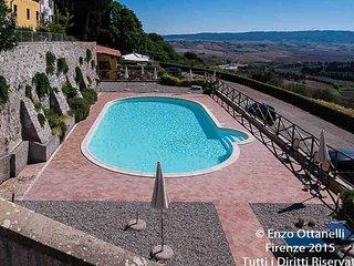 Accogliente appartamento in antica Fattoria Toscana del 1700.