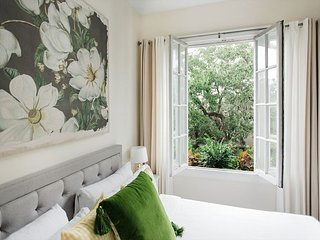 Bright and Airy with Steeple Views and King Beds by Lucky Savannah