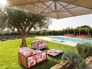 4 bedroom Villa with Pool, Air Con and WiFi - 5313027