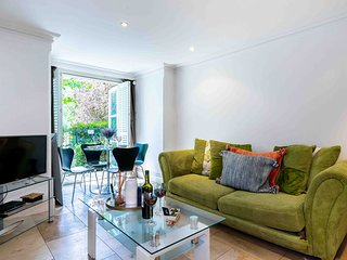 Delightful West Brompton Apartment - PAV
