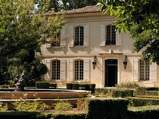 8 bedroom Chateau with Pool, Air Con and WiFi - 5811768