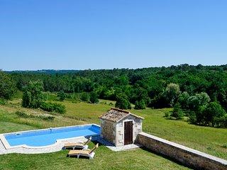 La Conne-de-Bergerac Villa Sleeps 10 with Pool - 5049639