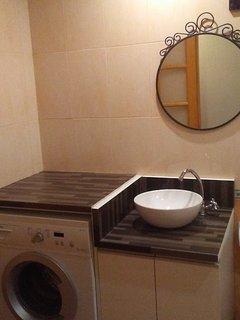 Baño con lavadora, para mayor autonomía del cliente
