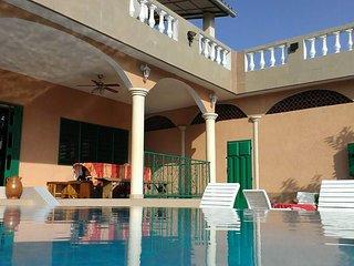 Calavi Benin, chambres d'hotes dans villa avec piscine