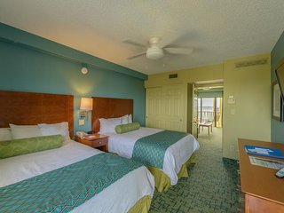 ON THE BEACH, GREAT POOLSIDE 1BR SUITE! HOT-TUB, TENNIS, GRILL 1