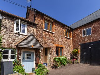 Bamboo Cottage, Timberscombe - Lovely retreat for 2 guests and dog-friendly