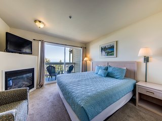 Dog-friendly suite with ocean views, a balcony & nearby beach access!