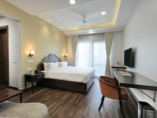 HYDEWEST INDIA - The Medicity - Astor Suite 3BHK Luxury Serviced Apartments