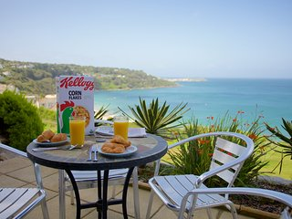 Holiday apartment in sought after location with stunning views and terrace