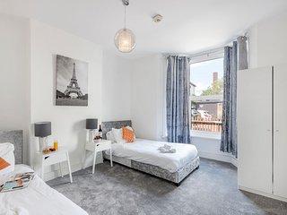 The Cobden Apartment