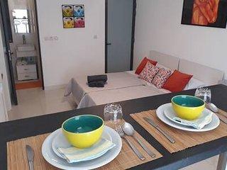 Brand New Studio Apartment near promenade