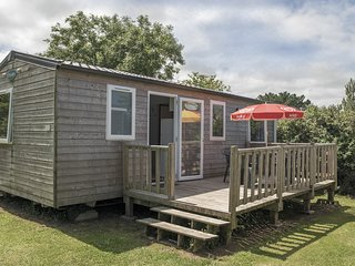CHATAIGNE - 3 bedroom wooden chalet style mobile home