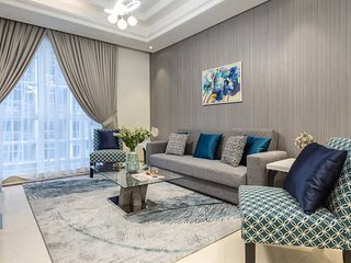 Uniquely Elegant 2BR In Prestigious Downtown Dubai!