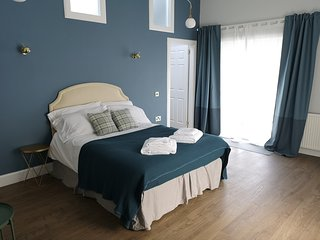 Stylish self contained studio flat 12min from Glasgow Airport