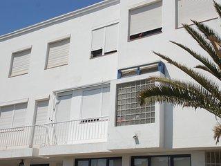 Amazing apt with balcony & Wifi