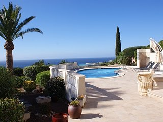 Maravillosa Villa ubicada en Torre Soli Nou