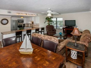 Closest condo on beach to Hangout | Side view of Gulf | Outdoor pool, BBQ, Wifi