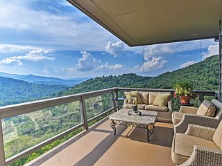 Boone 'High Country' Luxury Villa w/Mountain Views
