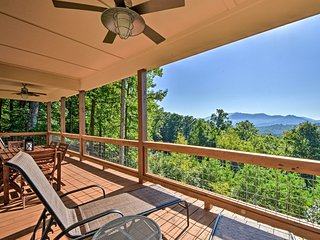 Hiawassee Home w/ Views <1 Mi to Lake Chatuge