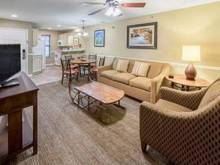 Villa with Access to AMAZING Amenities | Pools, Hot Tub, Games Room, and More!