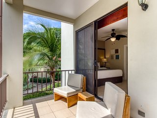 Superb condo w/ shared pool & gated entrance - near town/beaches!