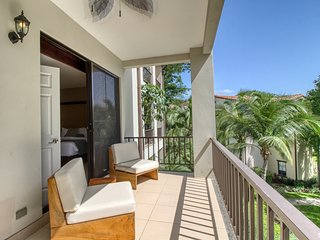 Luxury condo with balcony, amazing view, shared pool & gated entrance!