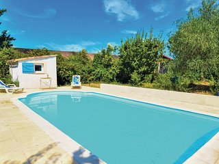 Awesome home in Ledignan w/ Outdoor swimming pool, Outdoor swimming pool and 2 B