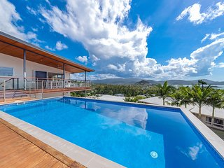 Viewpoint Holiday Home - Cannonvale