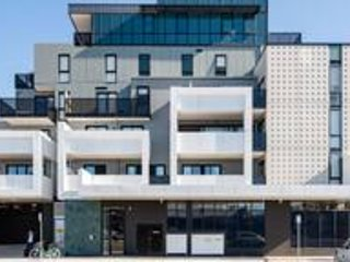Stunning brand new building in the heart of Northcote