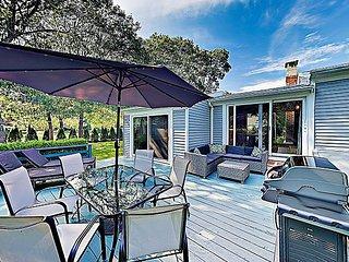 New Listing! 'The Fitz Inn' Newly Remodeled Beach Retreat w/ Fireplace