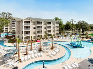 2 Minutes From the Beach   Outdoor Pool with Lazy River + Giant Waterslides