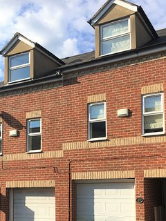 The St Clements Townhouse - 3 Bedroom Bijou close to city centre