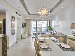 Panorama 8c · MODERN AND CLASSY 2BR* PIANTINI | *JACUZZI *