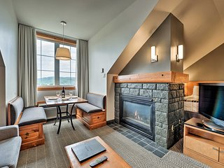Ski-In/Out Studio on Mont Tremblant w/ Amenities!