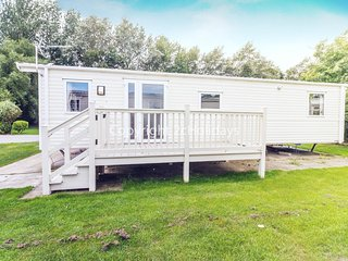 6 berth caravan for hire with decking Southview Holiday park Skegness ref 33143