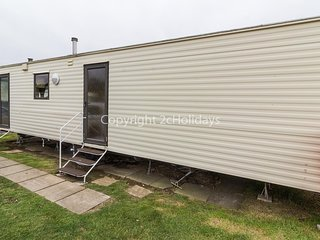 8 berth caravan for hire at California Cliffs, Scratby, Norfolk ref 50001 D
