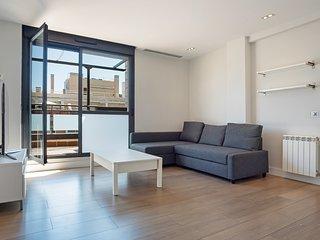 Stunning Studio w/Balcony near el Pardo