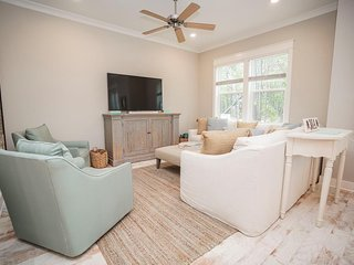 Prominence on 30A ♥ 30A My Way ♥ Golf Cart Included! Slps 9