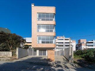 Aluguel apartamento para 4 pessoas em Bombas 450A