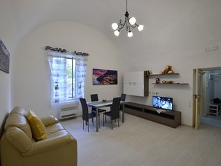 2 bedroom Apartment with Air Con and WiFi - 5717442