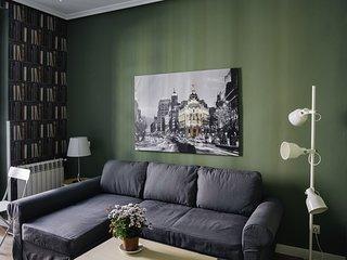 LA LATINA Apartment (1BR 1BT)