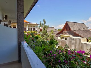 Rise Apartment No. 8, Sanur with Pool