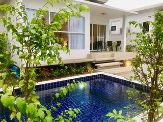 2 Bedroom Luxury Pool Villa Orchid - walk to beach