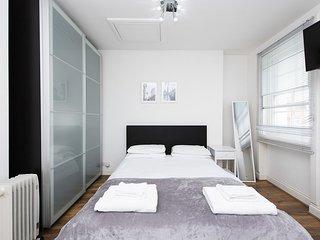 Soho Central Apartments F3