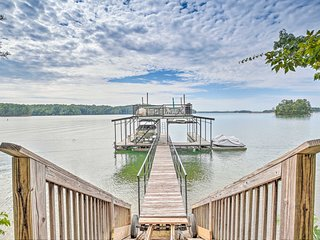 Gainesville Home on Lake Lanier w/ Private Dock!