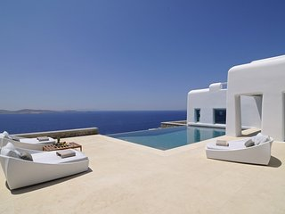 Luxury 9 Bedroom Mykonos Villa, Phillipoos, contact for best rates!