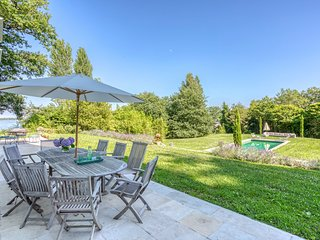 Saint-Etienne-de-Baigorry Chateau Sleeps 12 with Pool - 5808421