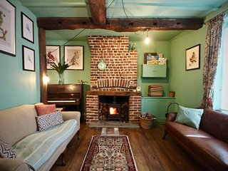 Birdcage Cottage, Unique and beautiful period property in the heart of Deal