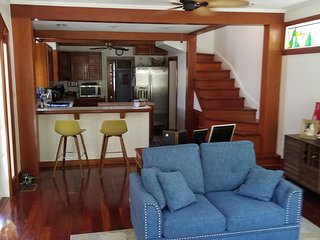 Old Town Treasure, Historic Seaport, Conch House 3 Bedrooms 3.5 Baths, Pool